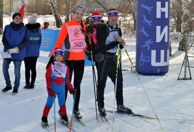 «Лыжня России»: тюменские участники массовой гонки преодолели до10 километров