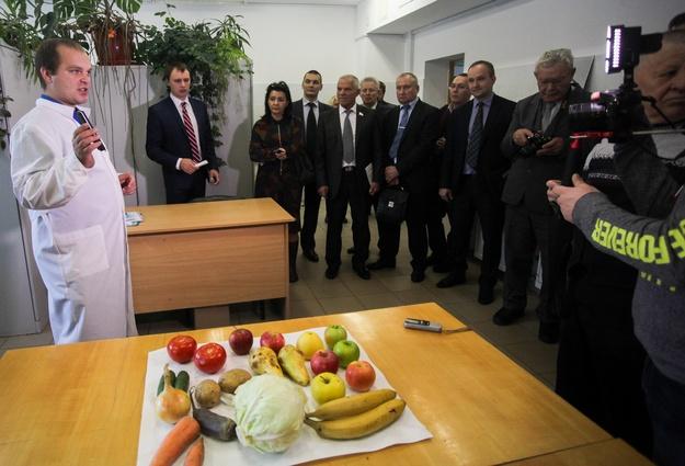 Якушев порекомендовал тюменским аграриям достаточно серьезно подойти креализации продукции