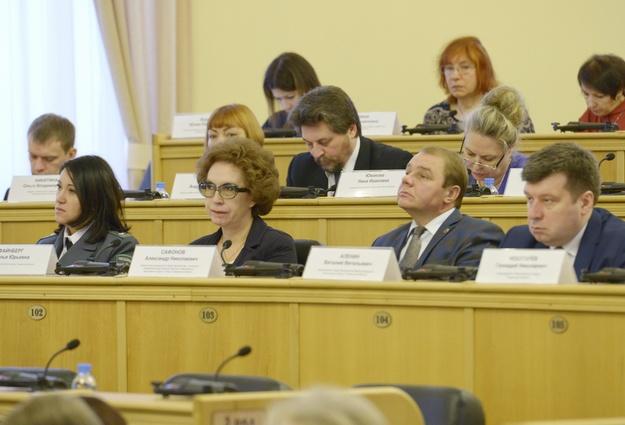 Бюджет Тюменской области за9 месяцев исполнили спрофицитом в16%