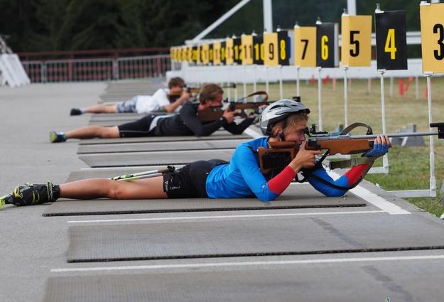 Тюменские биатлонисты завоевали золото исеребро