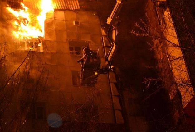 Один человек умер впожаре вмногоэтажке вТюмени