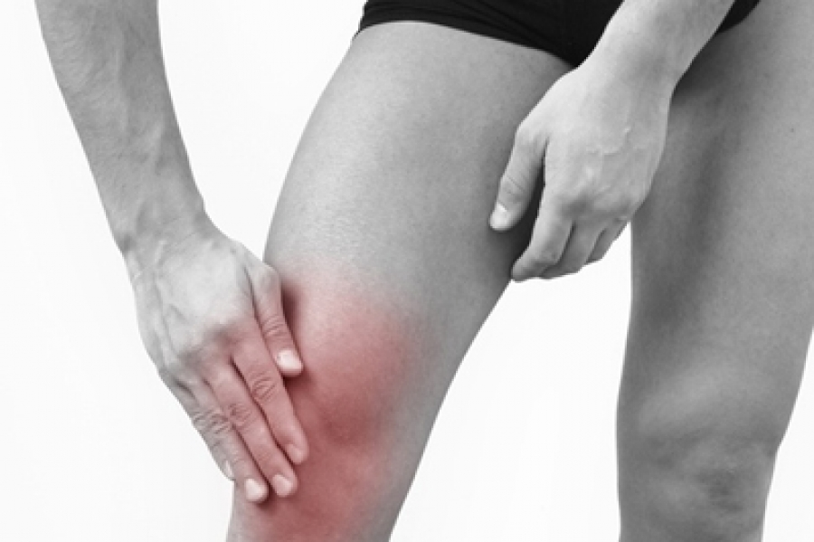 когда болят суставы ног фото