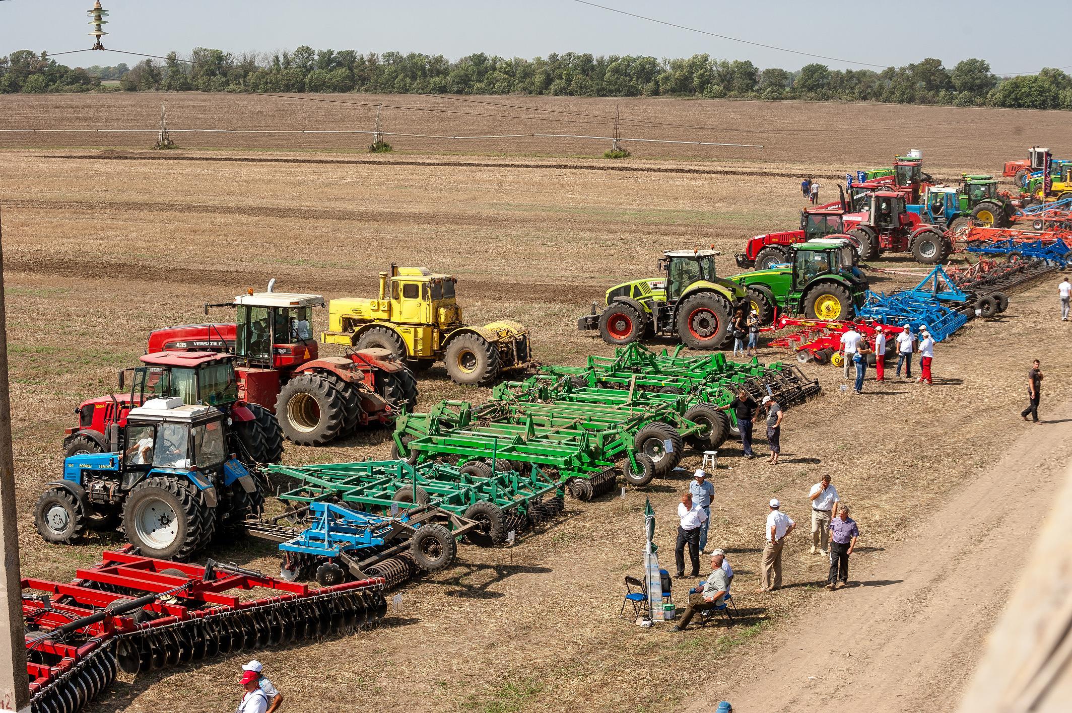 может еще название сельскохозяйственных машин и фото привычка это